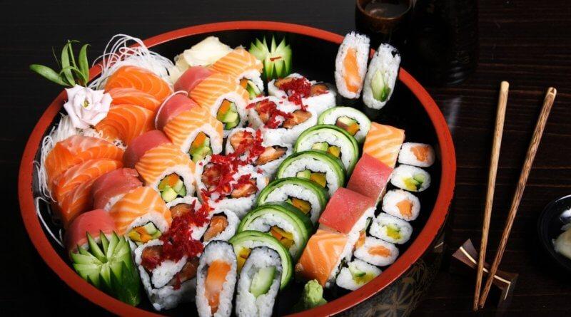можно ли беременным есть роллы и суши